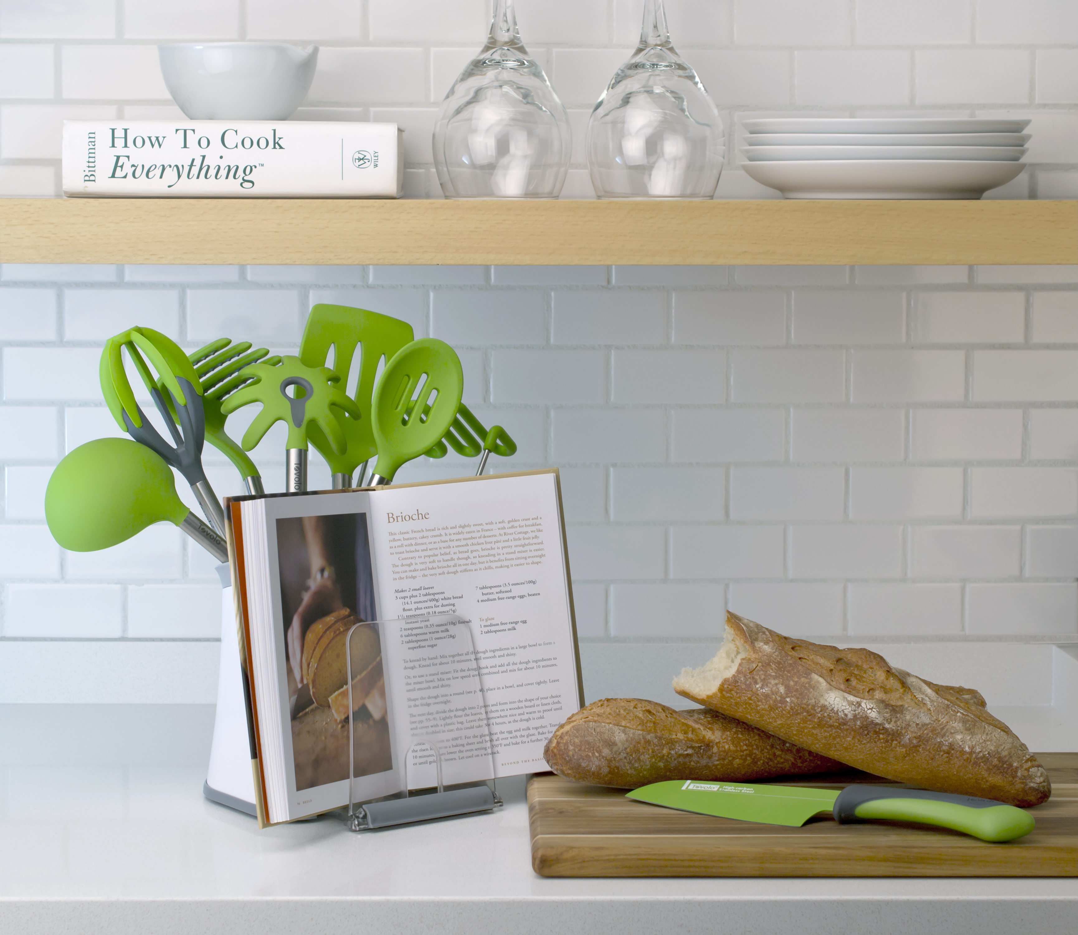utensil-holder-with-bookstand1