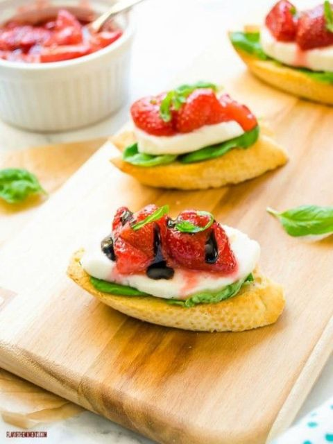 Roasted Strawberry Caprese Crostini