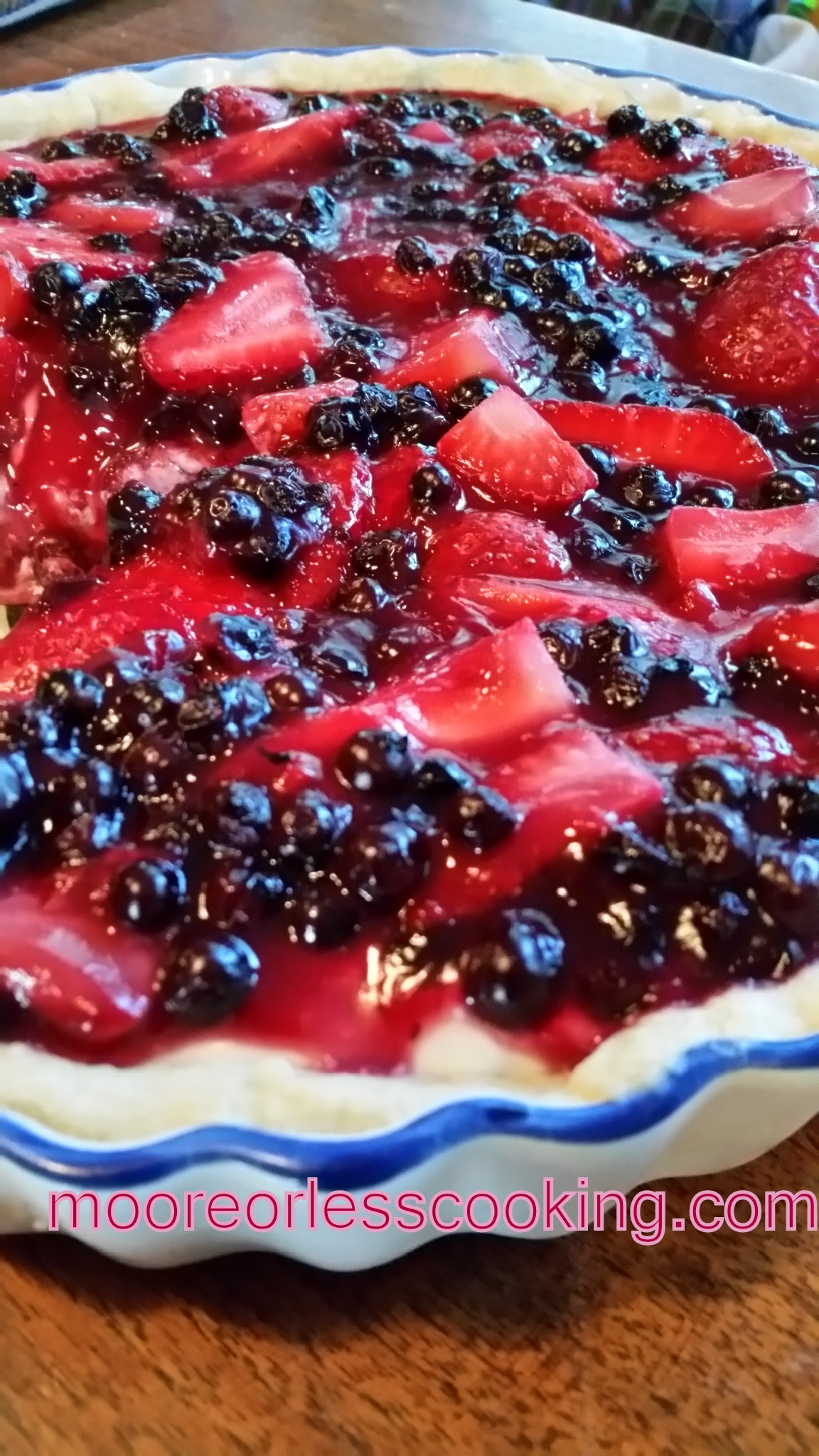 NO BAKE BERRY CREAM PIE