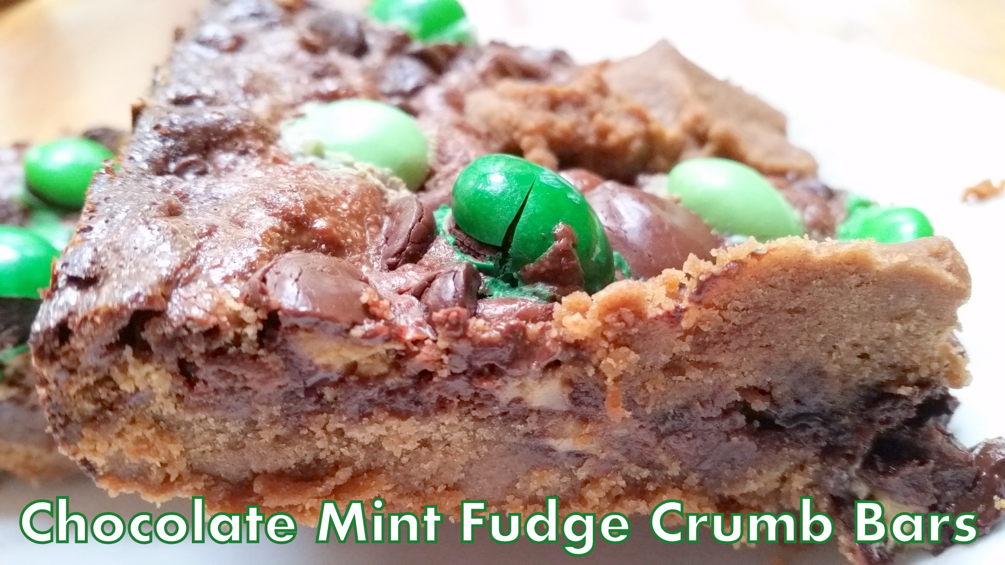 XHOXOLATE MINT FUDGE CRUMB BARS