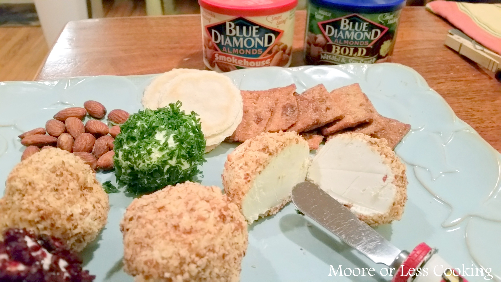 Blue Diamond Almonds Mini Savory Cheese Balls