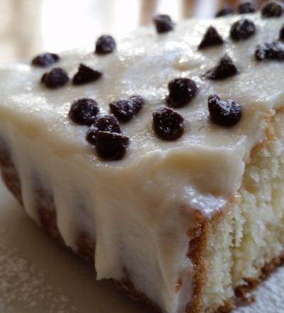 9 Perfect Poke Cakes!