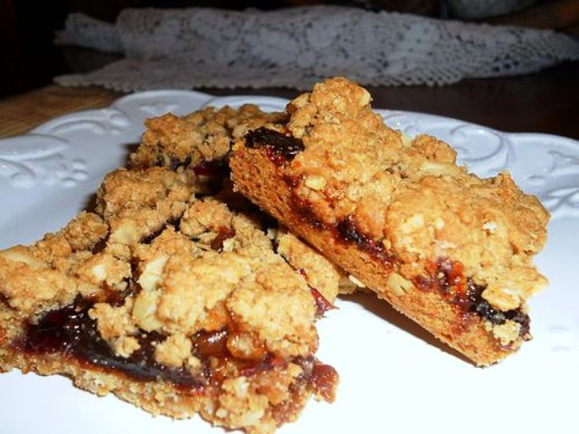 Oatmeal Raisin Cranberry Bars