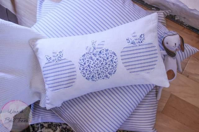 quilted-pieced-apple-quilt-pillow-fall-decor-autumn-blue-antique-hemp-sheet-1024x683