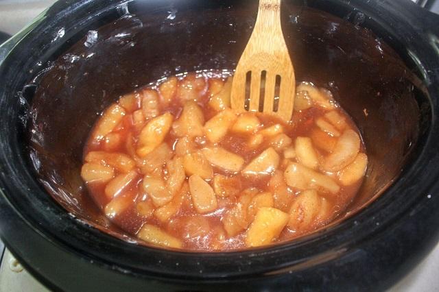 Copycat Cracker Barrel Cinnamon Apples & Video
