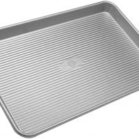 USA Pan Bakeware Half Sheet Pan, Warp Resistant Nonstick Baking Pan,