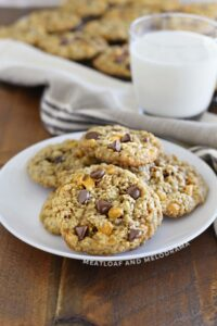oatmeal-butterscotch-chocolate-chip-cookies