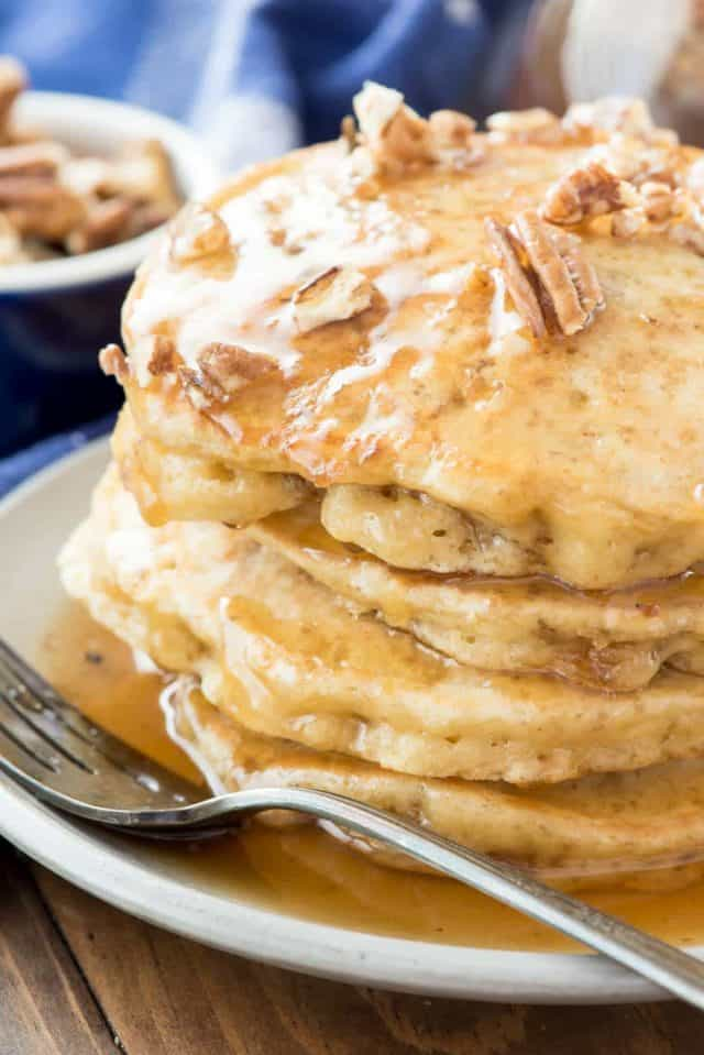 Butter-Pecan-Pancakes-2-of-7-640x959