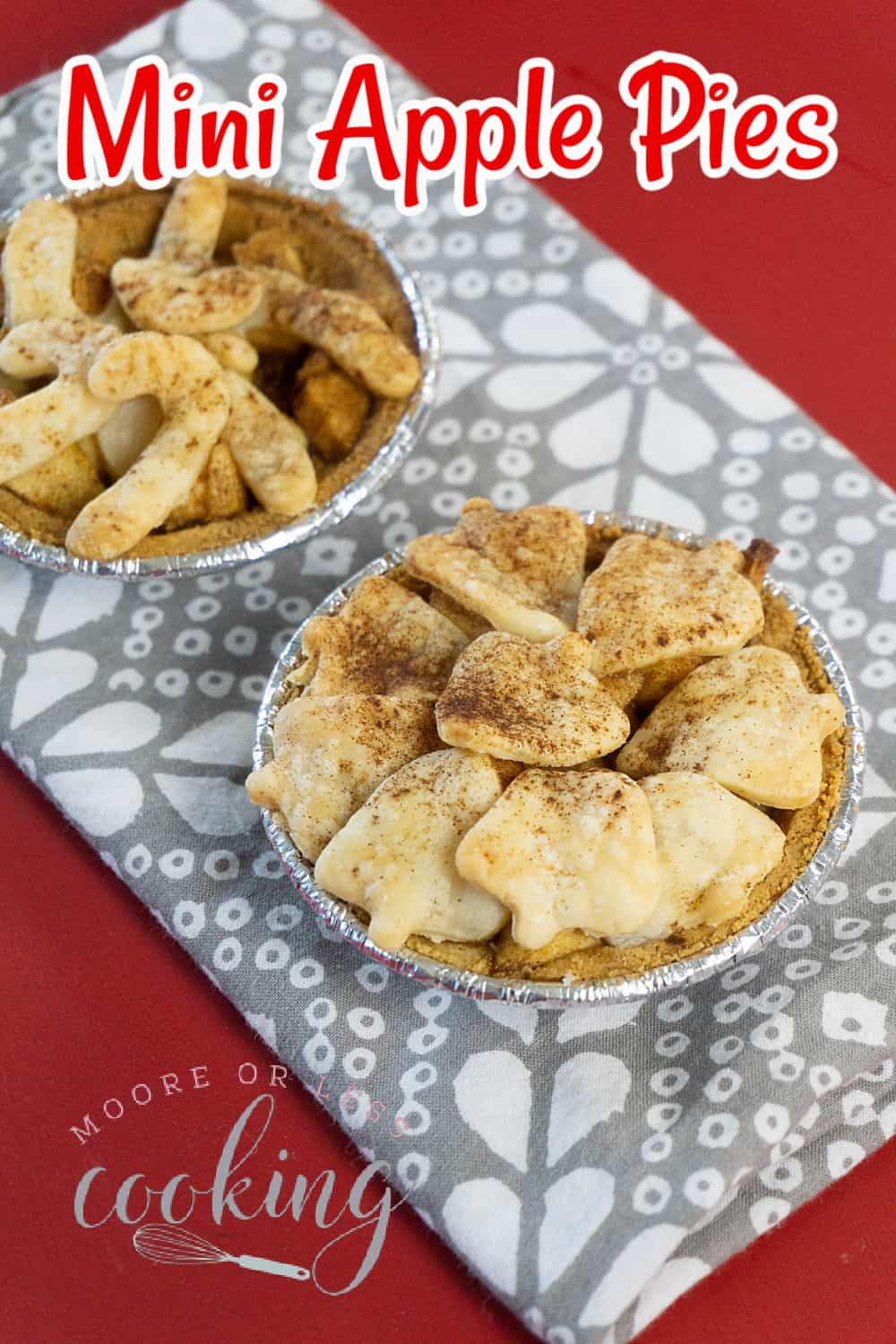 These adorable mini apple pies are perfect when you need a single-serve tasty treat. Just like a full-sized pie, the miniature crust holds deliciously spiced bites of fresh apples that are topped with holiday-shaped pie crust cutouts. via @Mooreorlesscook
