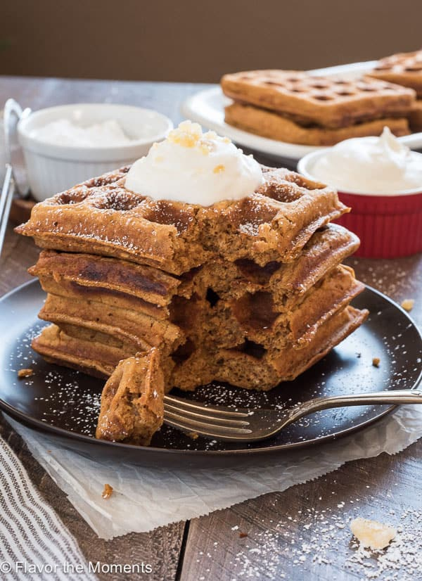 one-bowl-gingerbread-waffles1