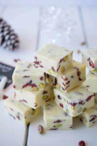 White-chocolate-pistachio-cranberry-fudge-5
